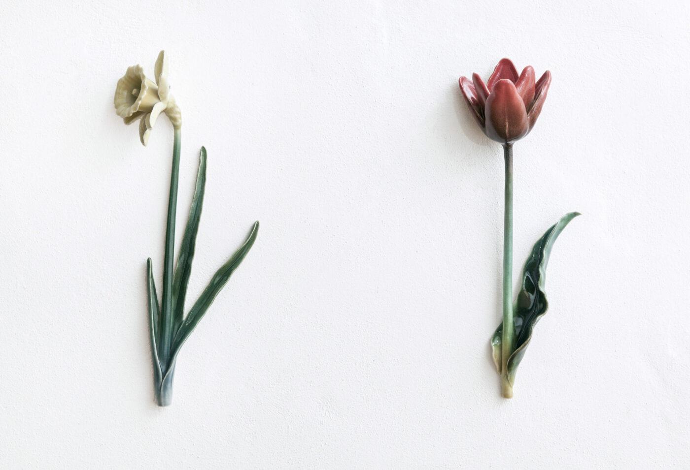 Keramiker Marianne Nielsen - Frås Påskelilje & tulipan, 2013, foto: Ole Akhøj